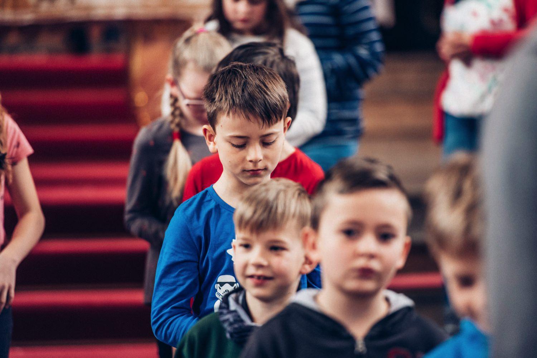 41_20180405_41_Kommunion_kirche_Gernsheim_katholische_kommunion_Fotograf