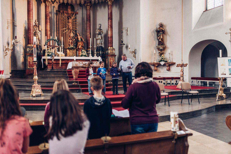 42_20180405_42_Kommunion_kirche_Gernsheim_katholische_kommunion_Fotograf