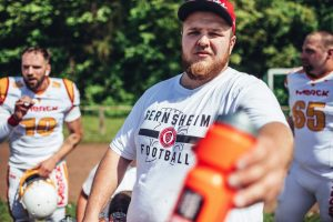 American Football Gernsheim Gladiators German Football League helm Sport team headcoach Quarterback tideend Runningback Defance